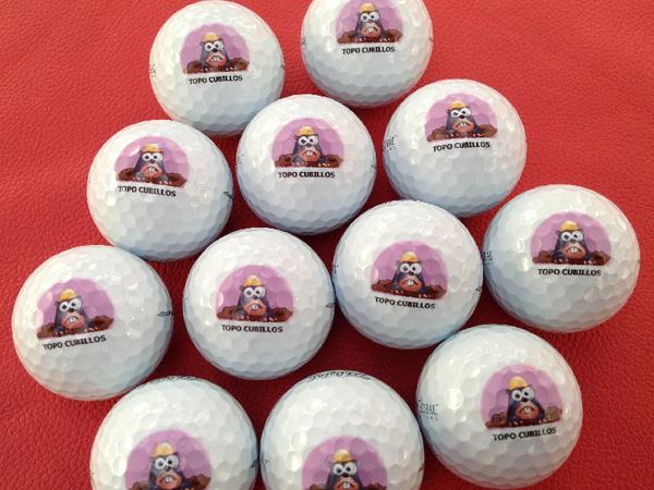 Impresiones digitales en bolas de golf, tees, etc.